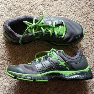 Womens under armour neon shoes 9.5 athletic gym